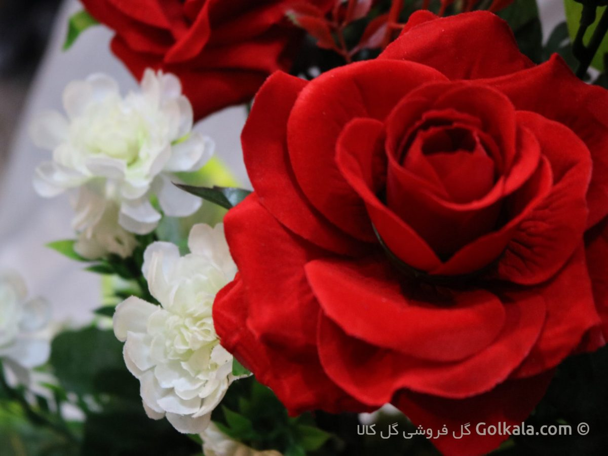 سبد گل زیبا مناسب هدیه، کادو