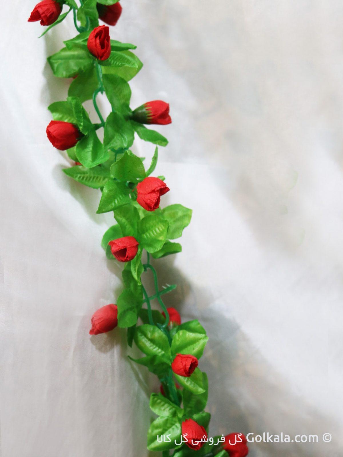 ریسه بلند برای تزیین با گل قرمز