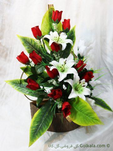 سبد گل با پایه چوبی زیبا, گلهای رز و لیلیوم
