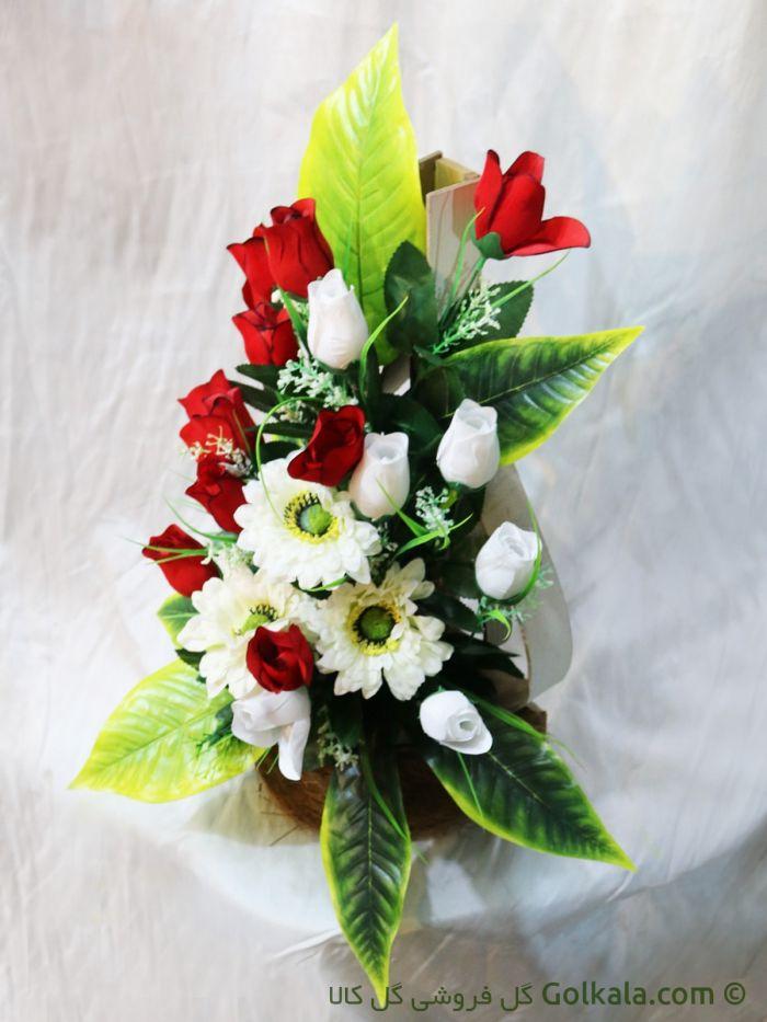 سبد گل زیبا - غنچه گل رز و مارگریت سفید