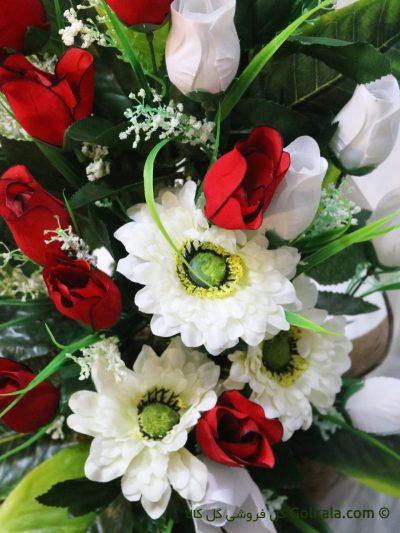 گل رز و مارگریت - سبد گل غنچه رز