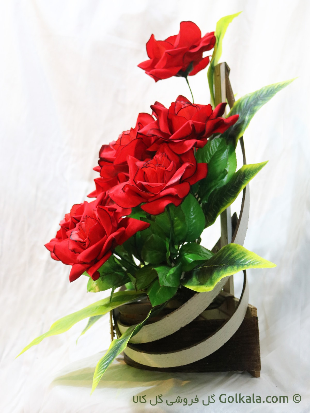 سبد گل, گل رز قرمز, گل رز سرخ