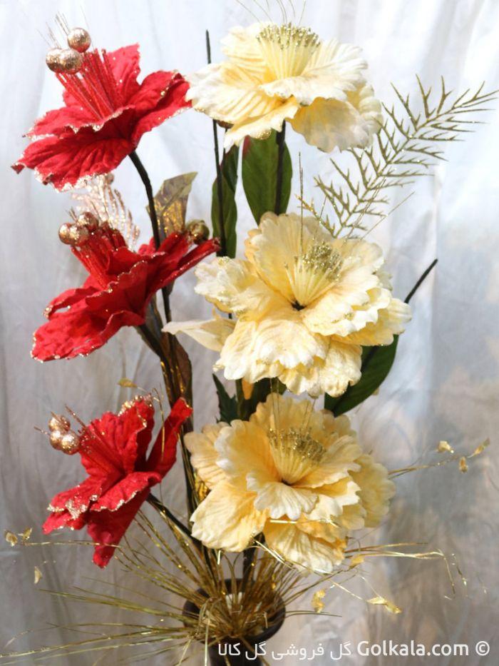 گلدان گل ختمی زرد و قرمز