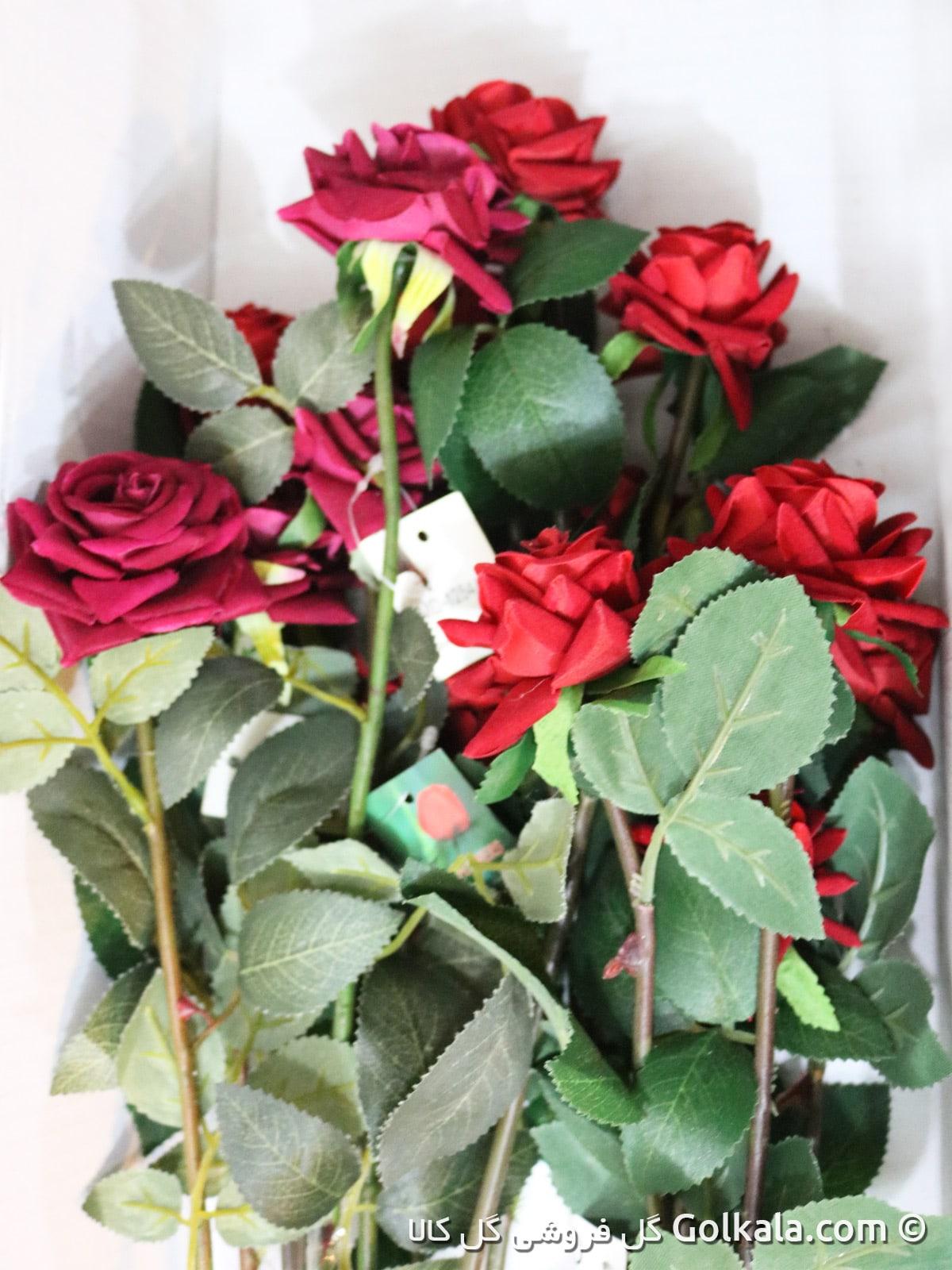 شاخه گل رز صورتی و قرمز