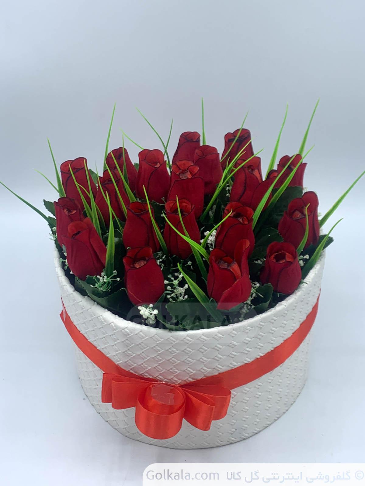 باکس گل رز 21 گل بالاـ گل کالا